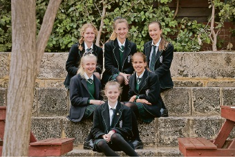 Grace Alcock, Lily Macliver, Briana Nicholson and (back) Nicole Enslin, Matilda Malloch and Annie Mitchell. Picture: Andrew Ritchie