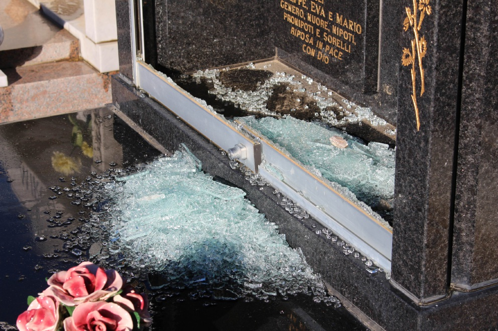 Police charge 3 boys over Midland Cemetery vandalism