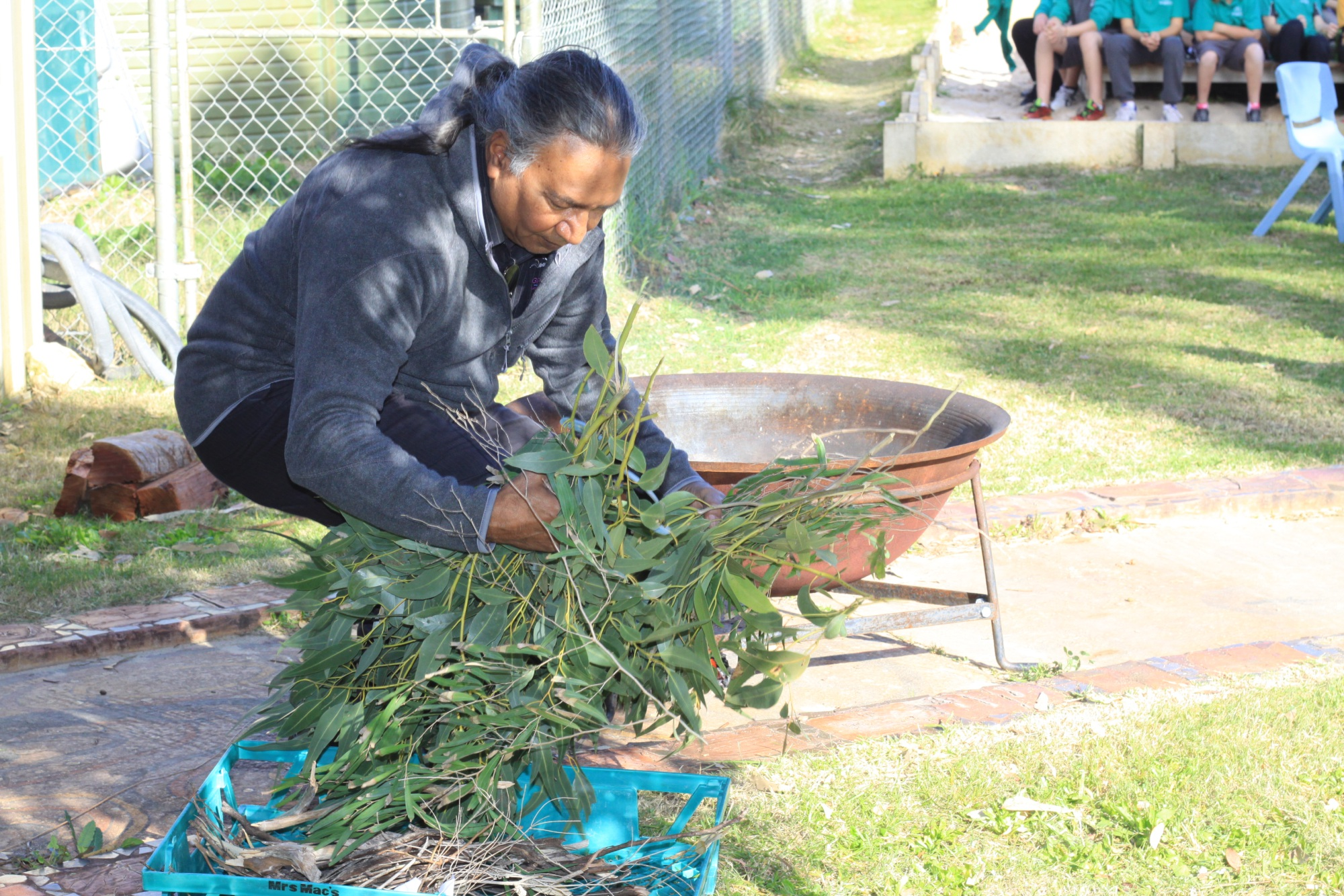 Singleton Primary students get new garden for quiet reflection