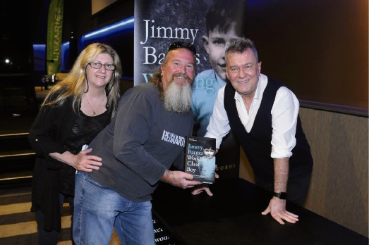 Wendy and Peter Marshall travelled from Geraldton to meet Jimmy Barnes.