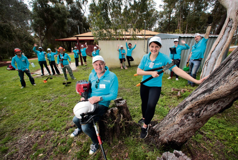 Lendlease general manager Anthony Rowbottam  and development manager Laura Swinton with the Lendlease Communities WA team. Picture: David Baylis        www.communitypix.com.au   d459477