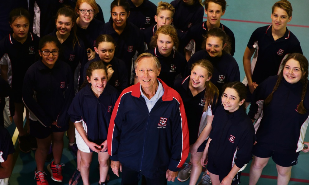 Fond farewell: Peter Lynch with a group of students. Picture: Martin Kennealey        www.communitypix.com.au   d459810