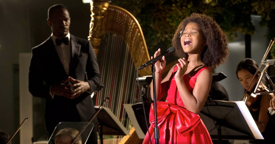 Jamie Foxx and Quvenzhané Wallis in Annie.