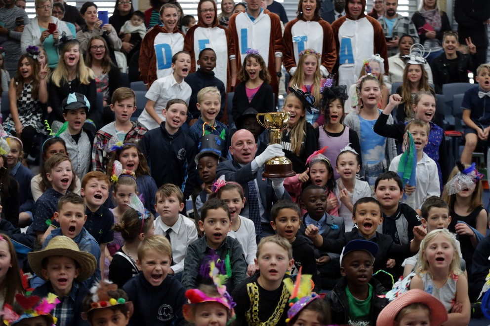 Alkimos Primary stopped in tracks for close up look at Melbourne Cup