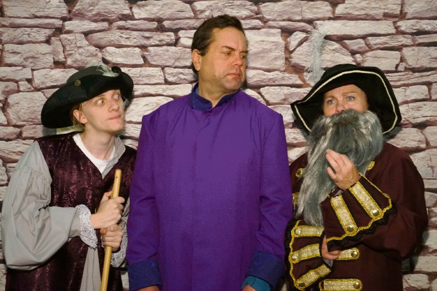 Guards! Guards!: York doctor stars in comedic adventure based on Terry Pratchett novel