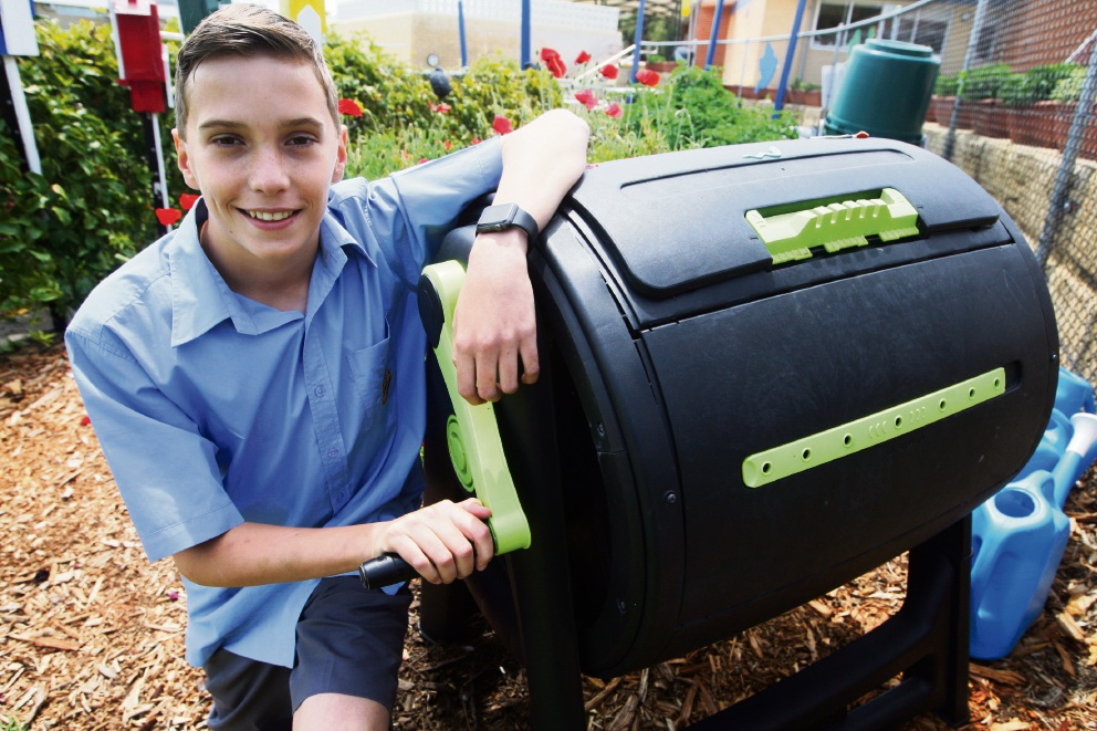 Tom Weston has designed a solar powered composter. Picture: Bruce Hunt        www.communitypix.com.au   d460941