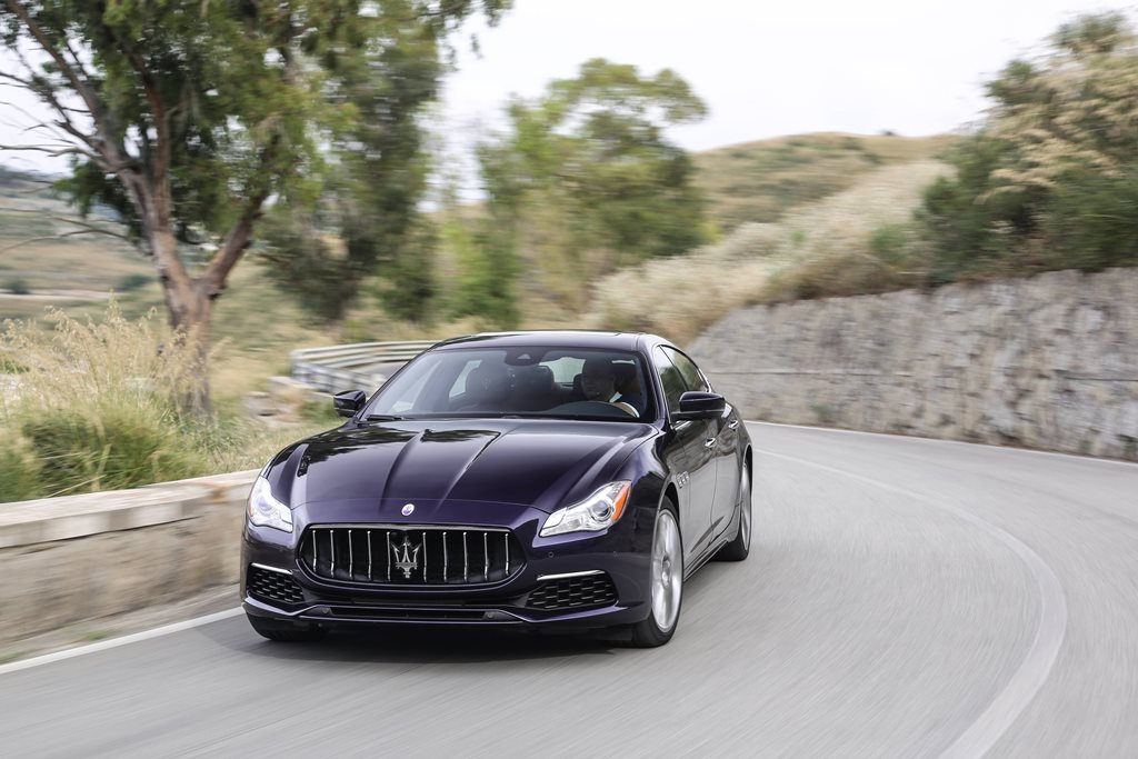 Maserati Quattroporte: buy one for Christmas