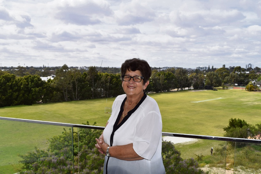 Swanbourne: resident left country behind for suburbs