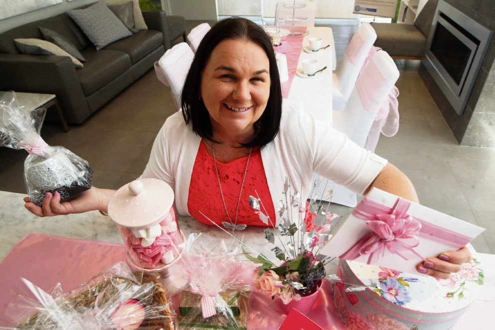 Reiki teacher Michelle McIntyre is hosting a Pink Ribbon high tea.         Picture: Bruce Hunt    d460694