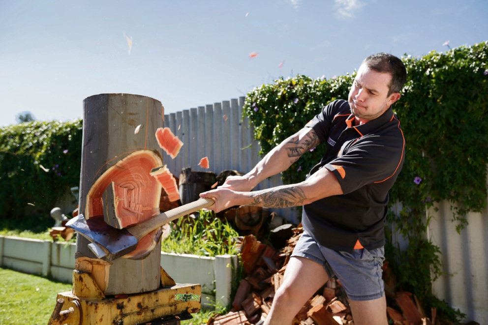 World champion woodchopper set to swing the axe at Royal Show