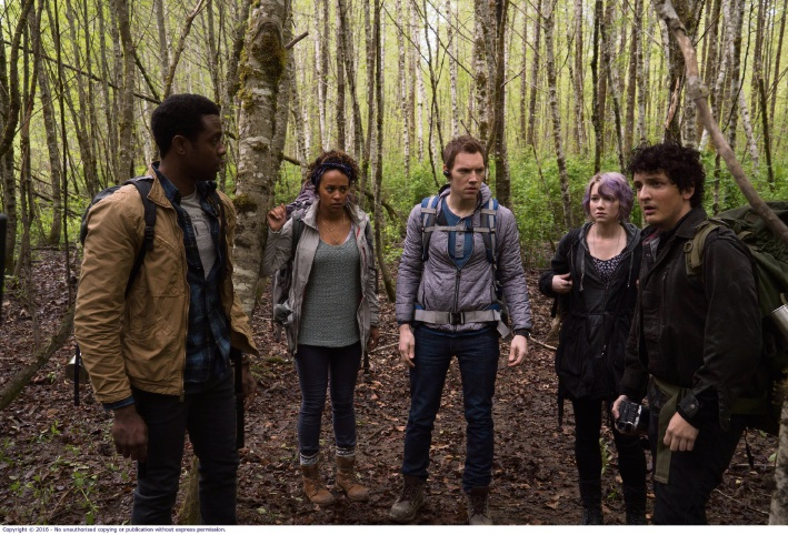 Brandon Scott, Corbin Reid, James Allen McCune, Valorie Curry and Wes Robinson in Blair Witch.