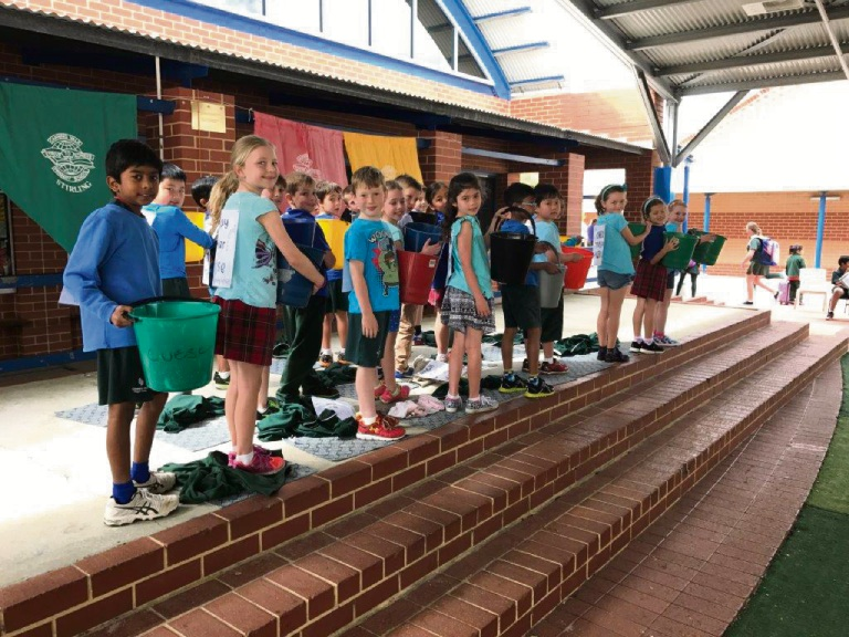 Canning Vale Primary marks 15 years as Waterwise school during National Water Week