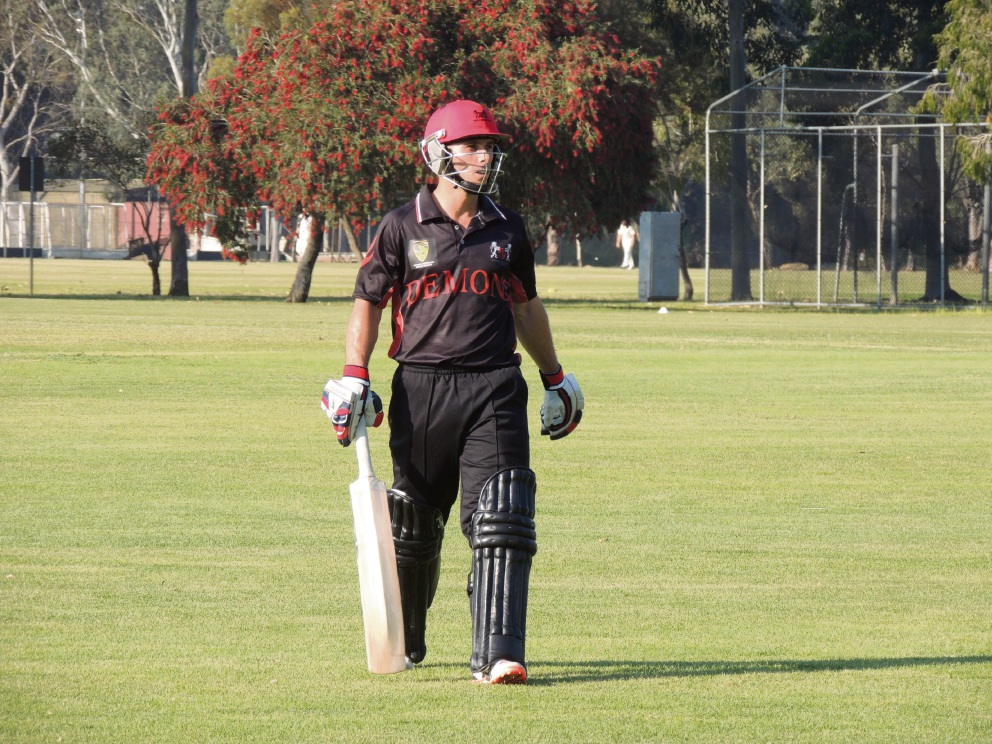 Jonathon Wells puts Perth in commanding position against Midland-Guildford