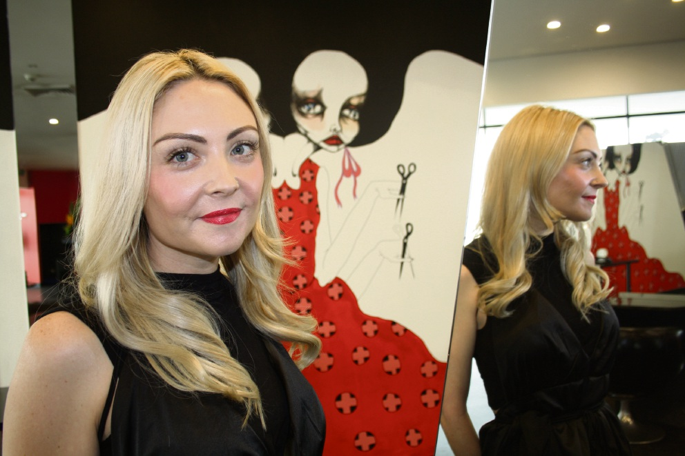 Perth hairdresser will try to cut it against world's best at TrendVision International Hair Awards