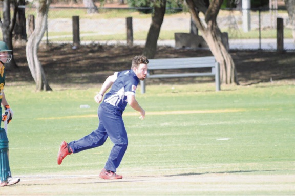 Fremantle District Cricket Club's Chris Chellew bowling against Joondalup on Saturday.