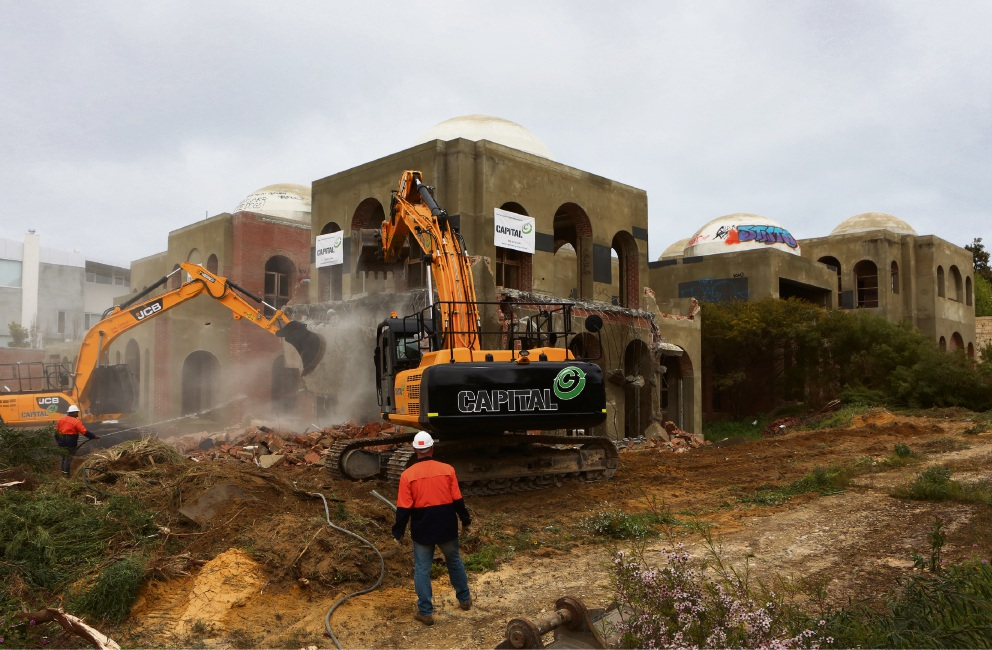 Taj on Swan: demolition of $70m Oswal mansion begins
