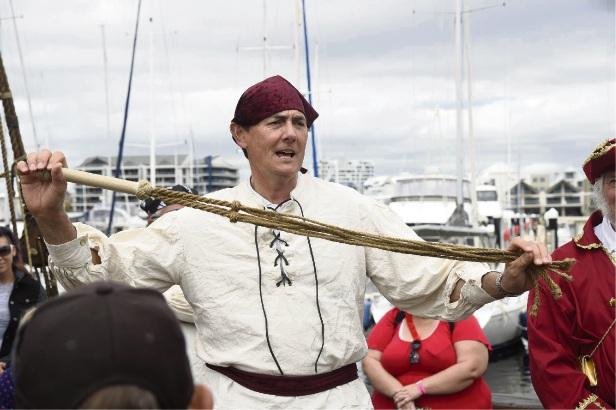 Pirates take the Duyfken