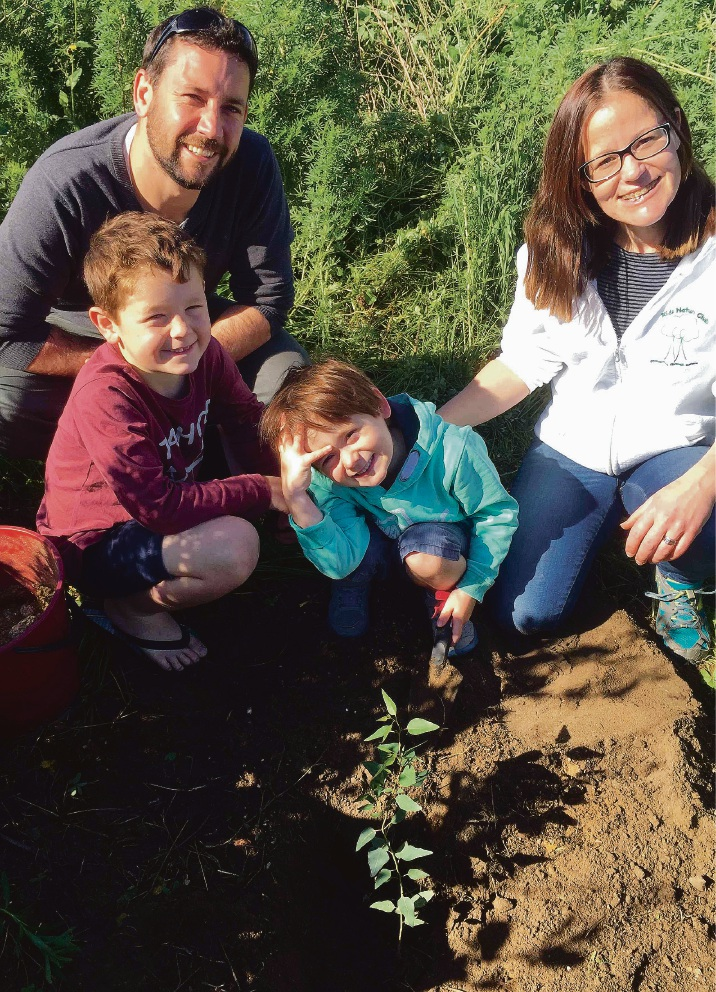 Stirling volunteers plant native trees on vacant block
