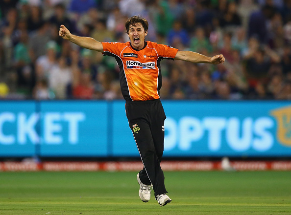 Brad Hogg playing for Perth Scorchers. Picture: Robert Cianflone/Cricket Australia/Getty Images