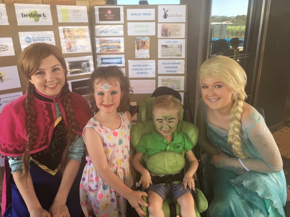 Aleisha Archer (as Anna from Frozen), Addison Stewart, Dexter Stewart and Amy Sales (as Elsa from Frozen).