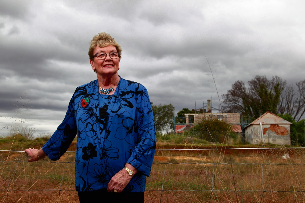 Gosnells Mayor Olwen Searle in front of the Maddington Homestead. Picture: Marie Nirme www.communitypix.com.au   d461928