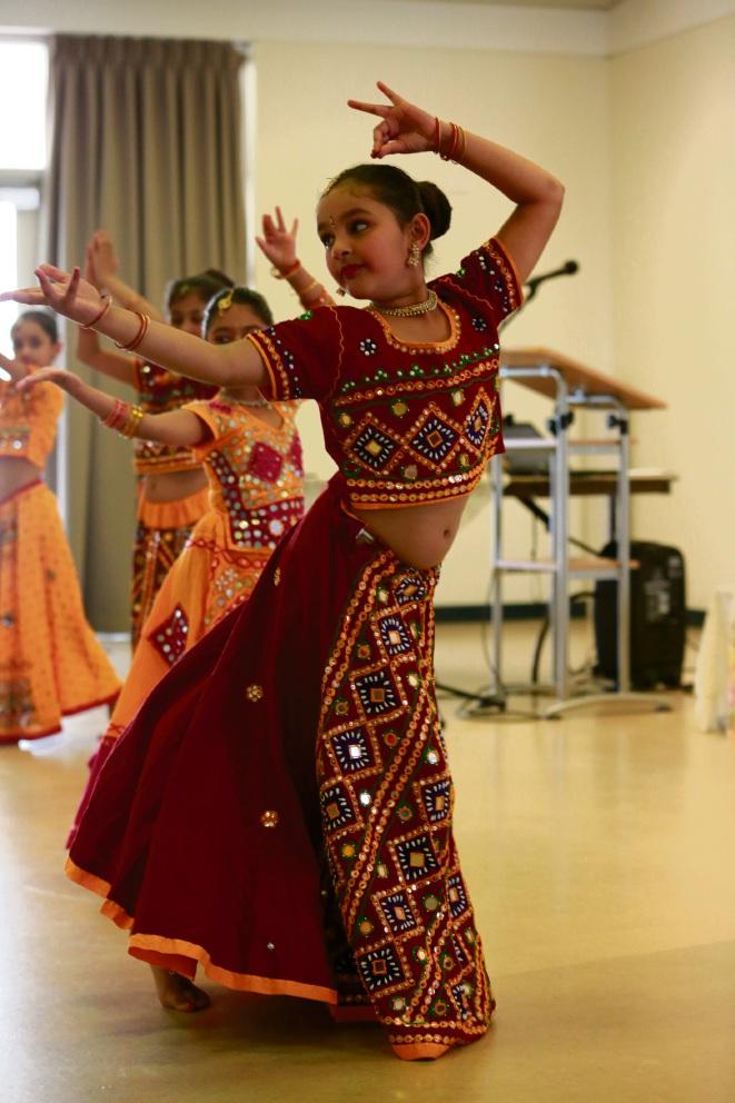 Jaanvi Deshpande dancing.