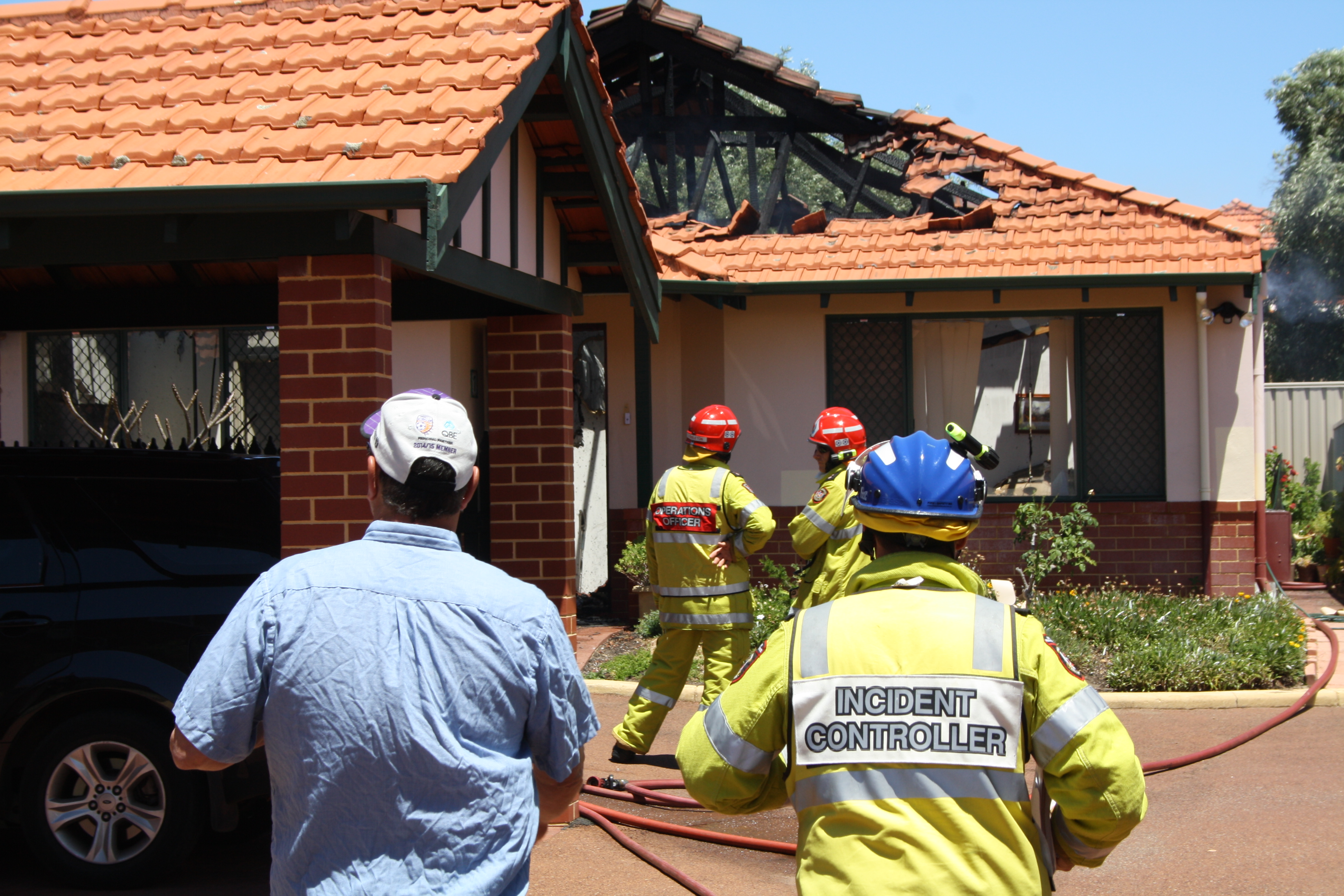 Homes gutted by fire in Mt Hawthorn