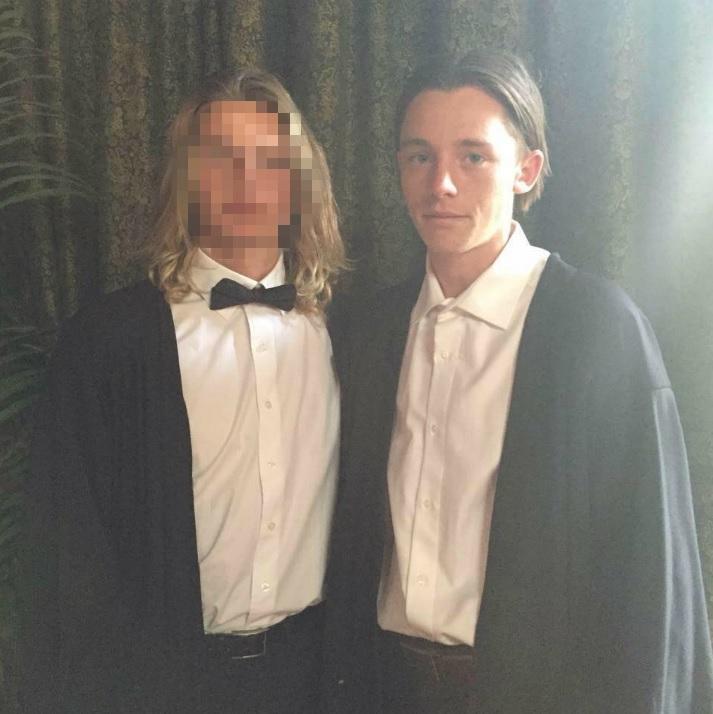 Jamie Murphy (right).