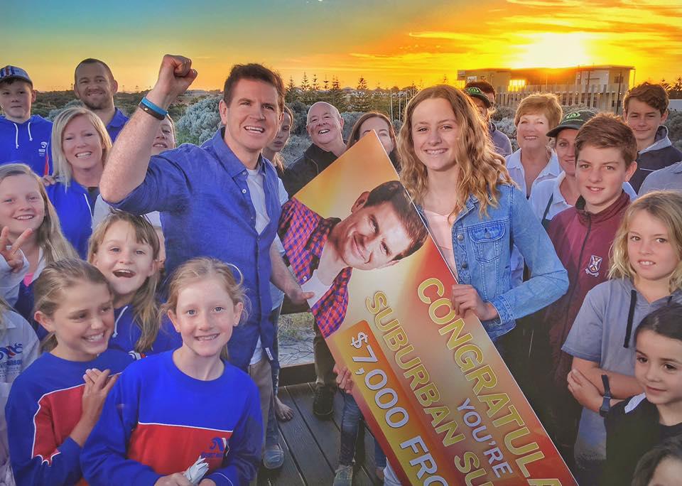 Makenzie Hewitt gets her $7000 prize from Sunrise's Sam Mac. Photo: Sunrise