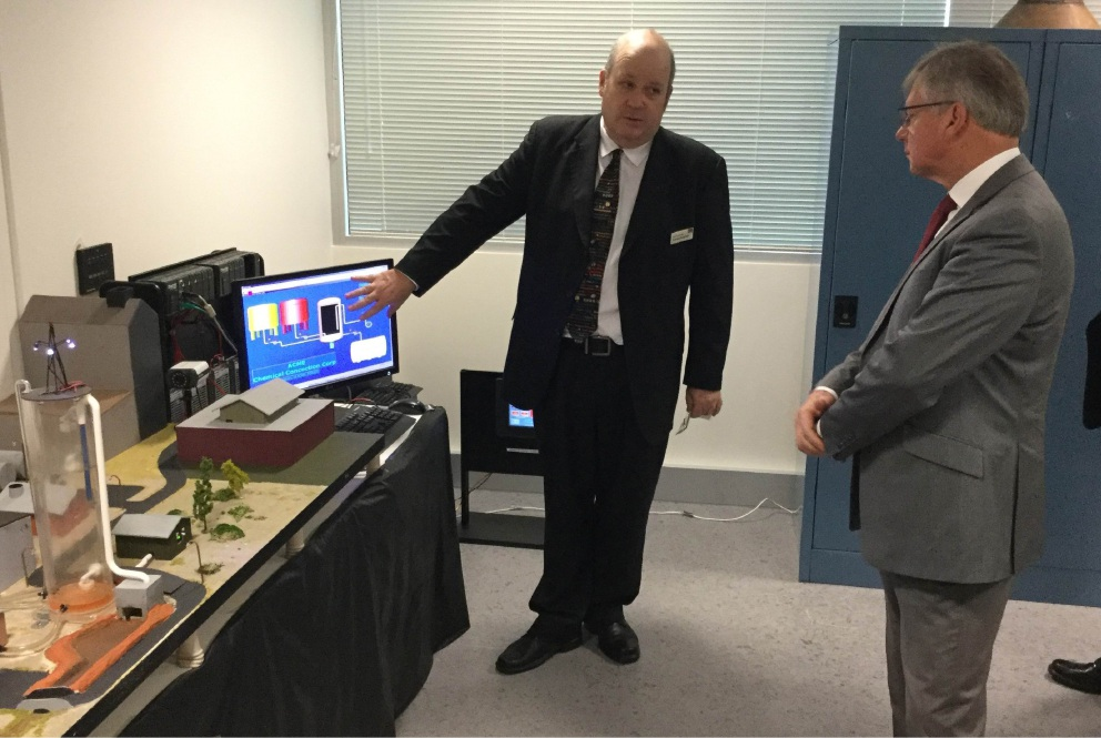 Security Research Institute director Prof Craig Valli and Innovation Minister Bill Marmion.