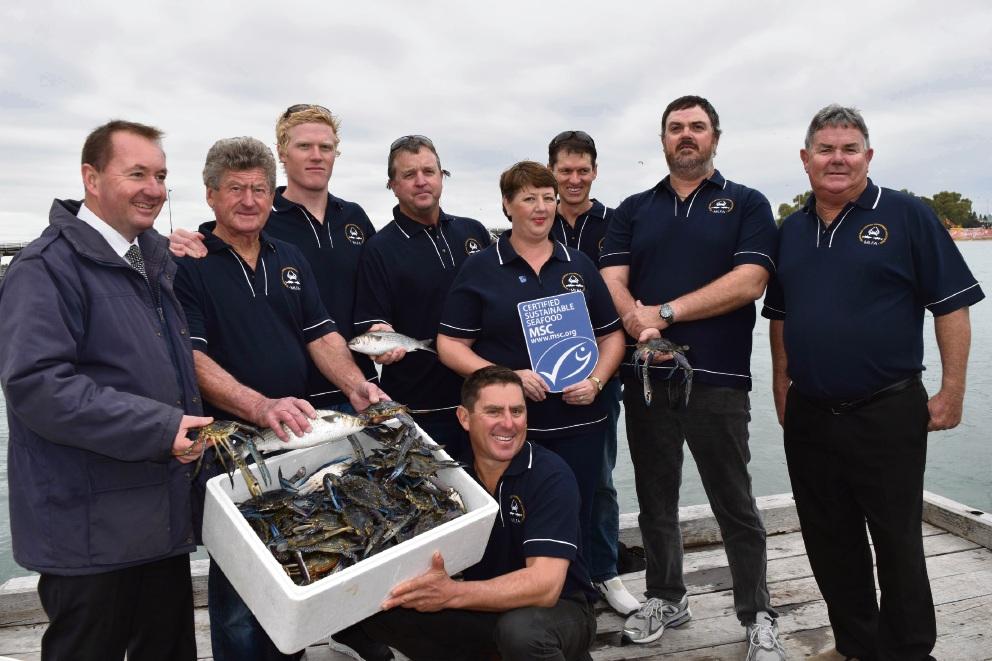 Fisheries Minister Joe Francis with Mandurah Licensed Fisherman's Association members.