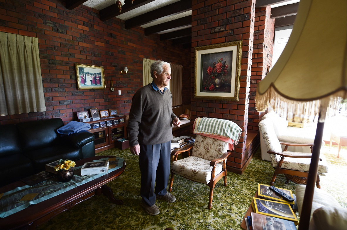 Armadale Rotary veteran devastated by theft of Order of Australia medals
