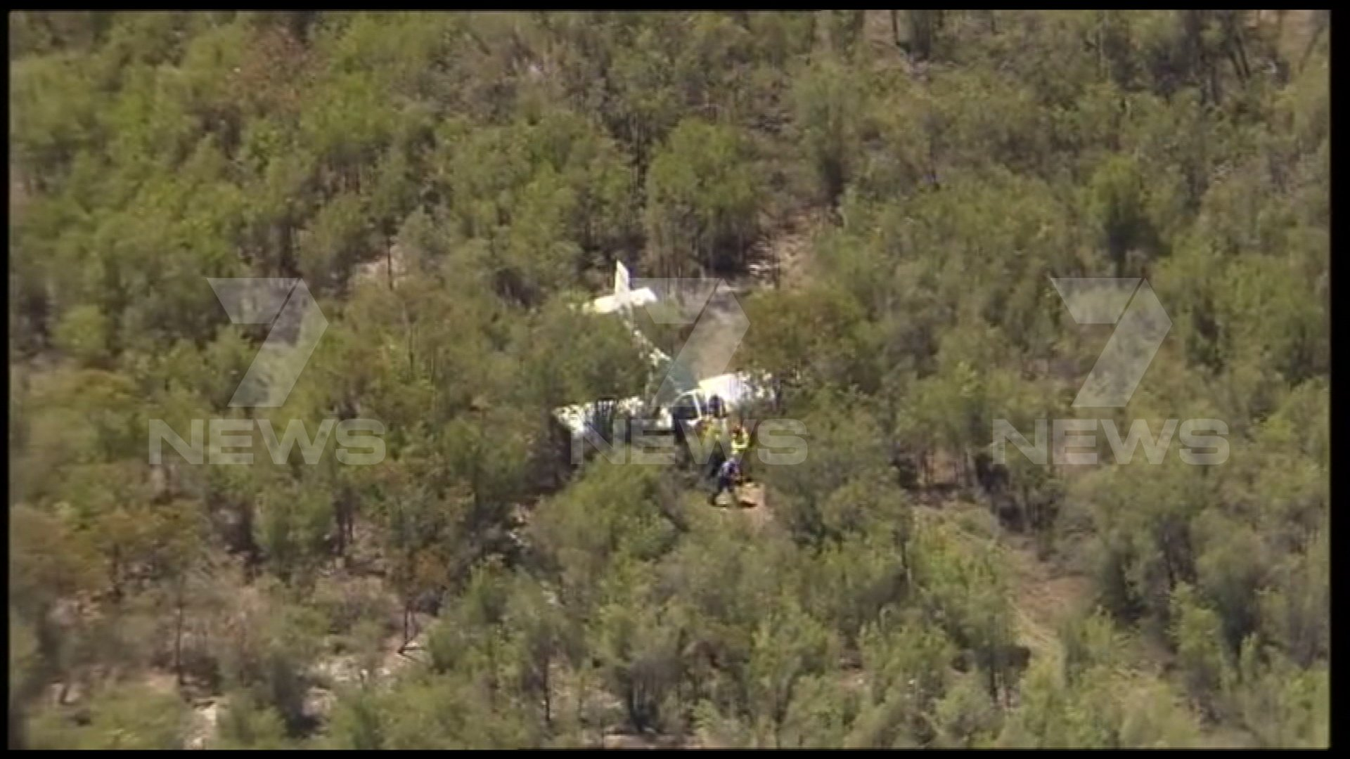 The scene of the light plane crash in Hopeland. Picture: Twitter/7 News Perth.