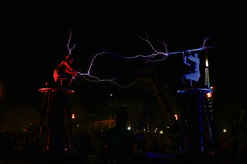 Arcadia Australia electrifies Perth crowds at Elizabeth Quay