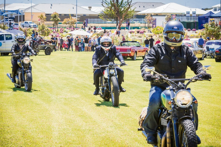 Telethon Home auction draws a crowd thanks to vintage car and bike owners