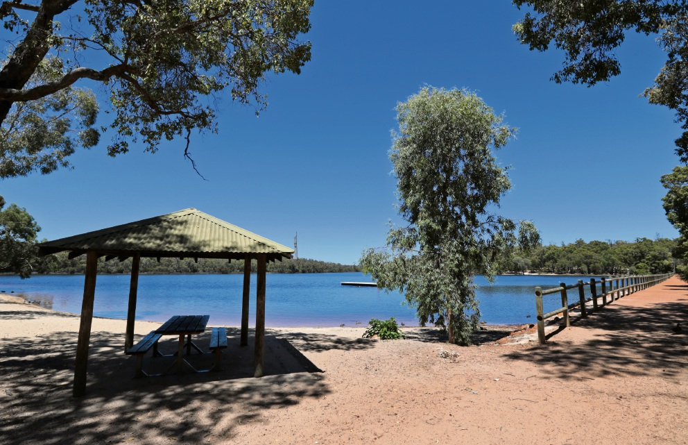 Mundaring councillors reject master plan to revitalise Lake Leschenaultia