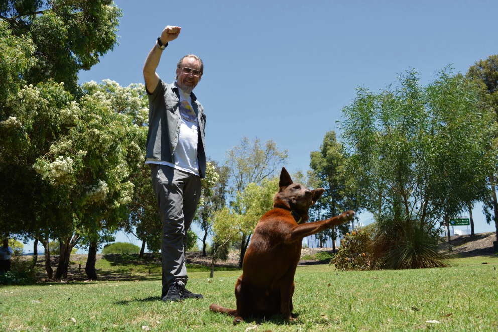 True Blue producer Nelson Woss and Phoenix, who stars as Red Dog. Picture: Julian Wright