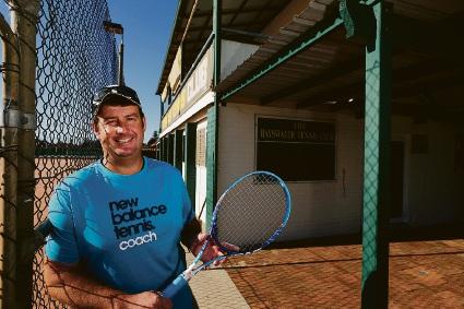 Bayswater Tennis Club gives coach life membership