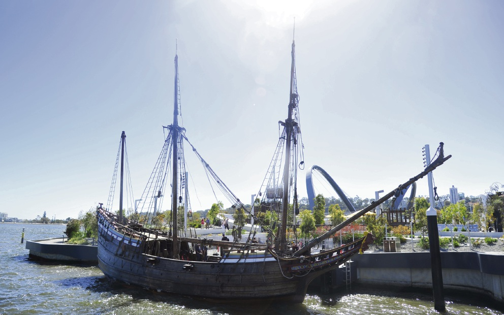 Duyfken arrives to take up residence at Elizabeth Quay