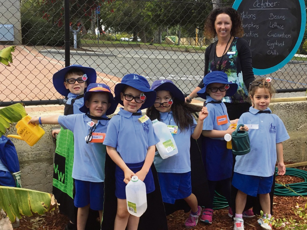 The PP Worm Warriors - Ciaran Field, Ethan Spray, Evangeline Gettingby, Phoebe Lo, Matilda Dick, Chloe Tournier and education assistant Charmaine Rolph.