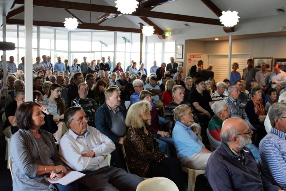 Applecross: more than 100 attend emergency meeting in protest against shopping centre proposal