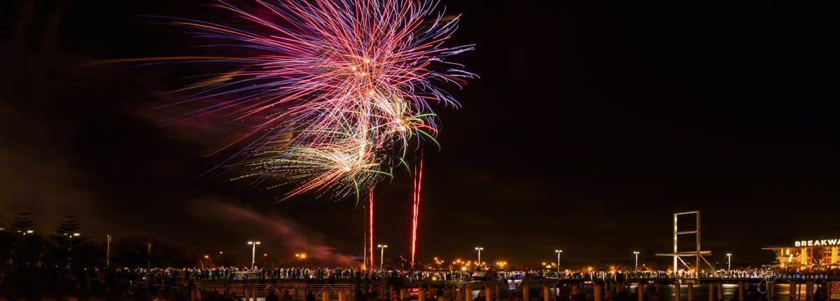 Summer Fireworks to dazzle at Hillarys Boat Harbour this Saturday