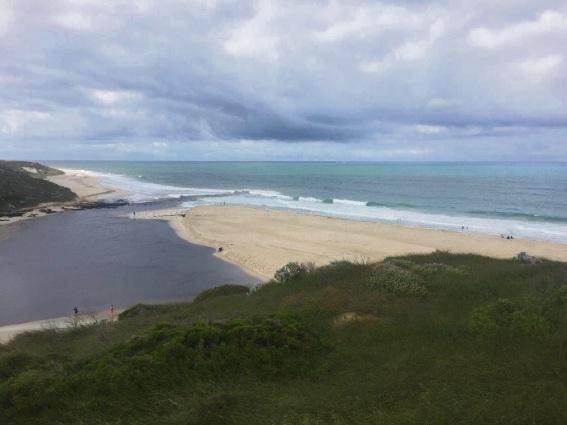 Video highlights coastal change on Perth's northern beaches