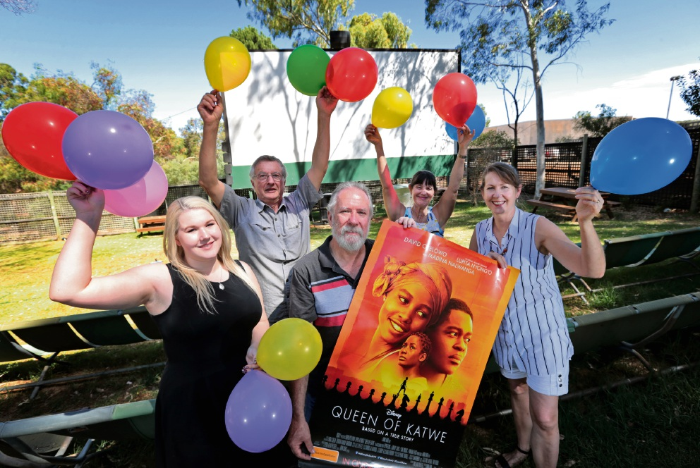 Kookaburra Outdoor Cinema owner Peter Foyster (centre) and staff (from left) Savannah Prince, Alf Leaver, Heather Lynch and Jill Bonser get in the mood for coming anniversary celebrations. Picture: David Baylis        www.communitypix.com.au   d463709