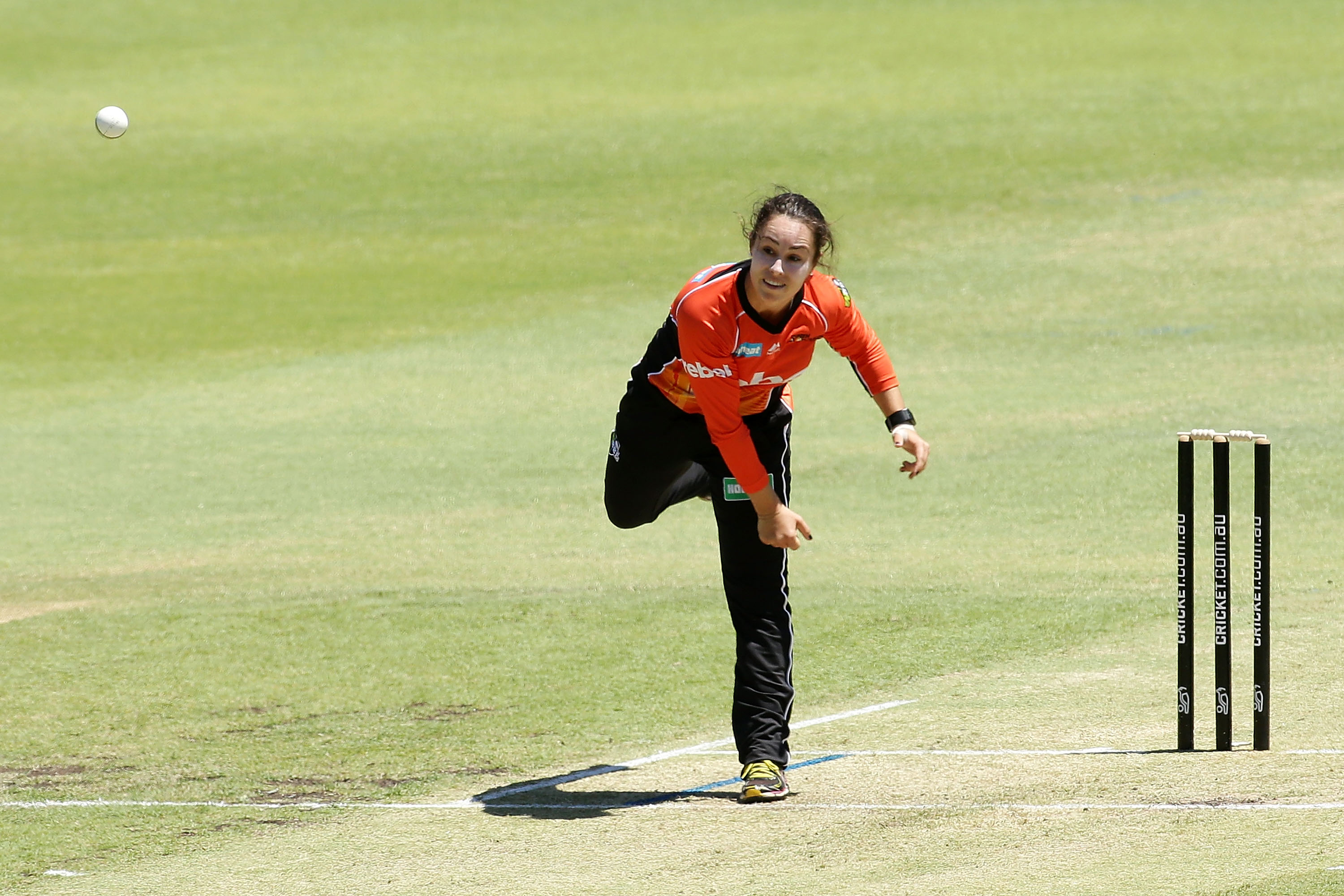 Emma King delivers for the Scorchers.