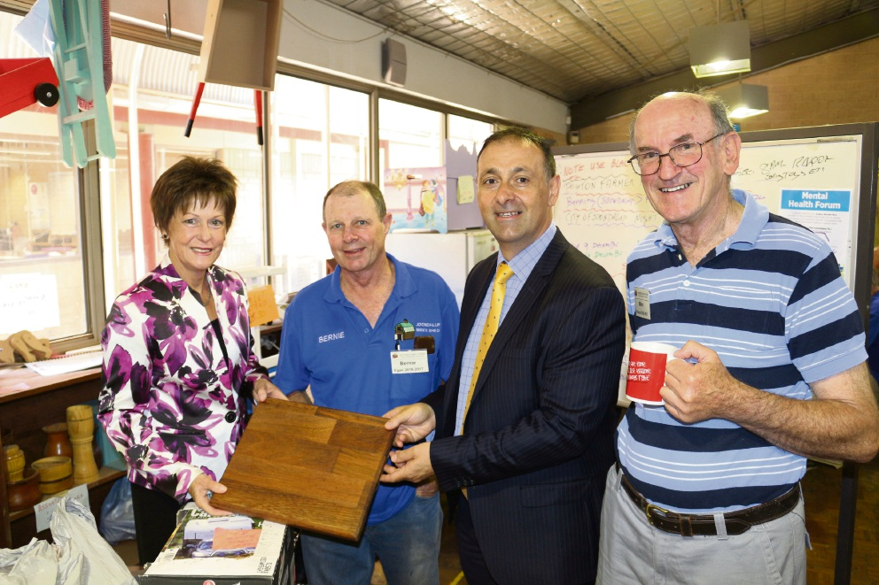Joondalup Men's Shed attends mental health forum with minister Andrea Mitchell