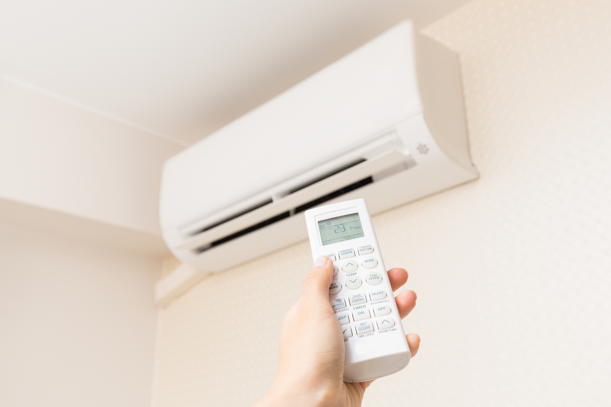 Airconditioning company, director fined for failing to deliver