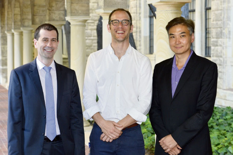 Research recipients Dr Dimitar Azmanov, associate professors Tobias Strunk and Wai Lim.