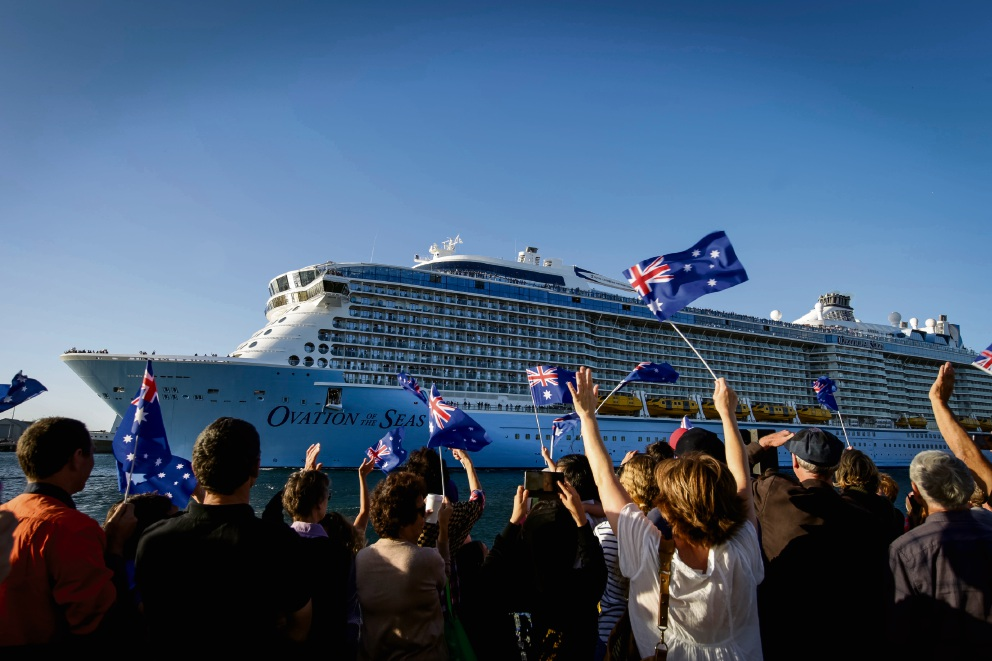 Ovation of the Seas leaves Fremantle Harbour to thousands of well-wishers. Picture: Andrew Ritchie    d463249