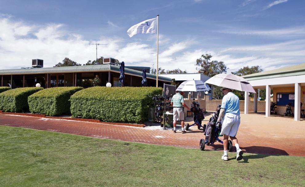 Lakelands Country Club in Gnangara.